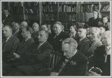 [Uroczyste otwarcie Biblioteki Uniwersyteckiej w Toruniu, 10 maja 1947 roku portret przemawiającego Ludwika Kolankowskiego]