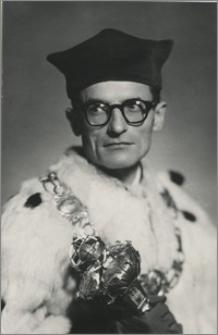 [Henryk Szarski, rektor Uniwersytetu Mikołaja Kopernika w Toruniu w latach 1955-1959]