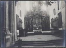 [Toruń, ołtarz główny i prezbiterium w kościele św. Jakuba]