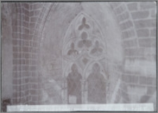 [Toruń, maswerk w oknie nad chórem w kościele św. Jakuba]