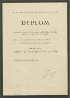 Brązowy Medal za Długoletnią Służbę - dyplom nadania medalu doktorowi Karolowi Poznańskiemu – Konsulowi Generalnemu RP w Londyni