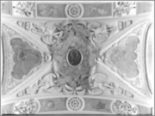 Częstochowa. Klasztor oo. Paulinów na Jasnej Górze. Wnętrze. Fragment sklepienia nawy głównej