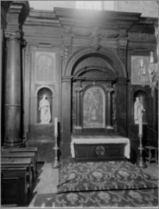 Częstochowa. Klasztor oo. Paulinów na Jasnej Górze. Wnętrze Kaplicy Denhoffów. Widok na ołtarz