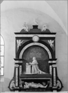 Barczewo. Kościół franciszkanów św. Andrzeja Apostoła. Nagrobek Andrzeja i Baltazara Batorych