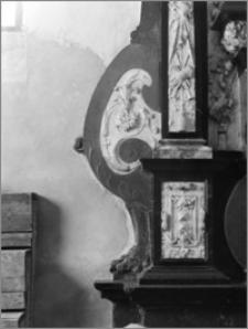 Barczewo. Kościół franciszkanów św. Andrzeja Apostoła. Nagrobek Andrzeja i Baltazara Batorych-fragment