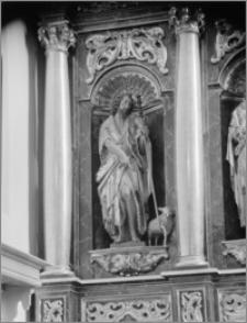 Beszowa [Kościół parafialny pw. św. Apostołów Piotra i Pawła - fragment ołtarza głównego]