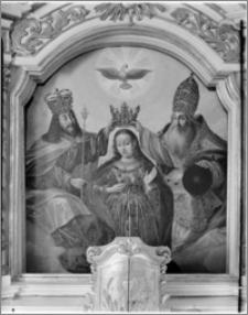 Błądzim-Rykowisko. Kościół pw. Świętego Rocha. Ołtarz główny z obrazem Ukoronowanie Najświętszej Maryi Panny
