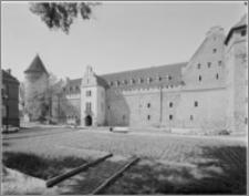 Bytów. Zamek. Elewacja frontowa zamku