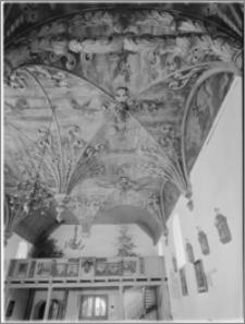 Brzesko k/Pyrzyc (woj. szczecińskie). Wnętrze Kościoła Parafialnego p.w. Narodzenia NMP