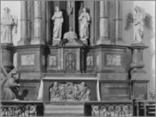 Chełmża. Kościół Parafialny Św. Trójcy [ob. Konkatedra Św. Trójcy]. Fragment ołtarza bocznego