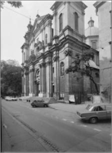 Kraków [Kościół pw. św. Anny – elewacja zach., sztukateria autorstwa Baltazara Fontany]