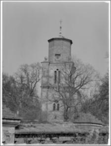 Czacz. Kościół pw. św. Michała Archanioła - widok od strony zachodniej