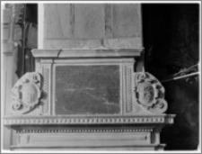 Czchów. Kościół pw. Narodzenia Najświętszej Maryi Panny. Nagrobek Kaspra Wielogłowskiego - tablica