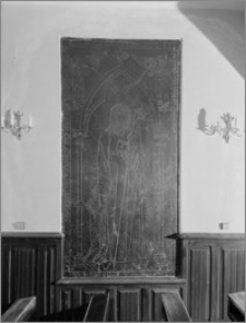 Chełmno. Kościół śś. Jana Apostoła i Jana Ewangelisty (dawny kościół benedyktynek). Wnętrze-płyta nagrobna mieszczanina Arnolda Lischorena