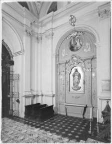Kraków. Kościół pw. Bożego Ciała. Kaplica od strony południowej - ściana wschodnia
