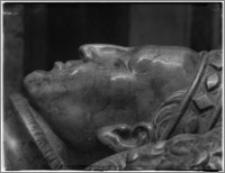 Kraków. Bazylika archikatedralna św. Stanisława i św. Wacława. Wnętrze. Fragment nagrobka Władysława II Jagiełły
