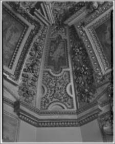 Kraków. Zamek królewski na Wawelu. Fragment sklepienia w gabinecie królewskim w wieży