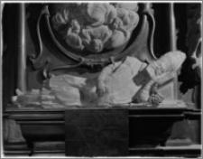Kraków. Bazylika archikatedralna św. Stanisława i św. Wacława. Kaplica Lipskich pw. śś. Macieja Apostoła i Mateusza Ewangelisty. Fragment nagrobka Andrzeja Lipskiego