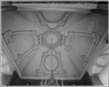 Kraków. Zamek królewski na Wawelu. Wnętrze. Stiuki pokoju w wieży na II piętrze