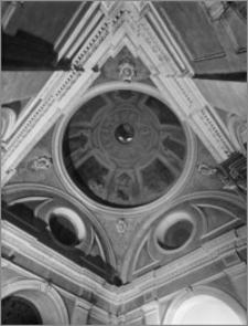 Kraków. Kościół dominikanów Św. Trójcy. Kaplica Lubomirskich. Wnętrze-widok na kopułę od wewnątrz