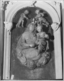 Kraków. Kościół pw. Bożego Ciała. Figura Najświętszej Maryi Panny w nawie północnej
