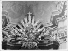 Kraków. Kościół misjonarzy Nawrócenia św. Pawła. Ołtarz główny-zwieńczenie