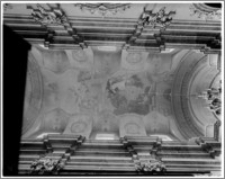 Kraków. Kościół trynitarzy/ bonifratrów św. Trójcy. Sklepienie nawy głównej