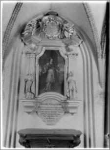 Kraków. Klasztor Franciszkanów. Portret bp Jana Małachowskiego w zachodnim ramieniu krużganków