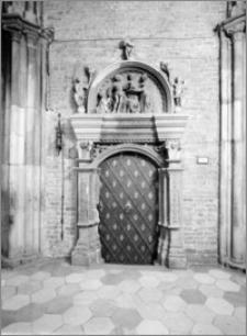 Wrocław. Archikatedra św. Jana Chrzciciela. Portal do zakrystii