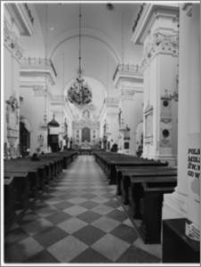 Warszawa. Kościół pw. Św. Krzyża - wnętrze