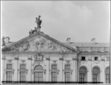 Warszawa. Pałac Krasińskich. Tympanon elewacji przedniej
