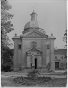 Warszawa. Kościół Bernardynów pw. Św. Antoniego (Padewskiego) z Padwy. Widok od strony północno-zachodniej
