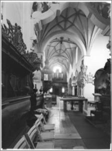 Strzelno. Bazylika św. Trójcy i Najświętszej Marii Panny. Widok na chór muzyczny