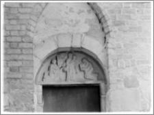 Strzelno. Bazylika św. Trójcy i Najświętszej Marii Panny. Portal elewacji południowej