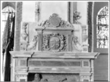 Szamotuły. Kościół parafialny [ob. Bazylika kolegiacka Matki Bożej Pocieszenia i św. Stanisława Biskupa]. Wnętrze. Nagrobek Jakuba Rokossowskiego (zm. 1580) podskarbiego wielkiego koronnego-fragment