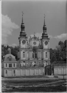 Święta Lipka. Kościół jezuitów [ob. Bazylika Nawiedzenia NMP]. Widok od strony zachodniej