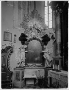 """Stary Sącz. Kościół klarysek św. Trójcy i św. Klary. Wnętrze. Ołtarz boczny z obrazem """"Św. Antoni"""""""