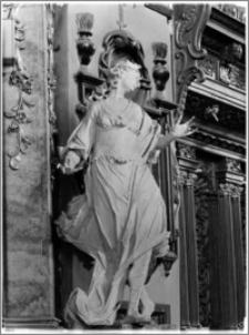 Sandomierz. Bazylika katedralna Narodzenia NMP. Wnętrze. Rzeźba aut. Macieja Polejowskiego przy prezbiterium