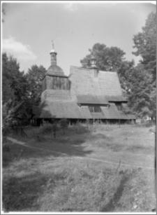 Sękowa – Kościół drewniany pw. św. Filipa i św. Jakuba [widok od strony płd.]