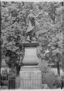 Tykocin – Pomnik Stefana Czarnieckiego, ufundowany przez Jana Klemensa Branickiego, autorstwa Pierra de Coudray