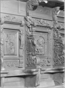 Kartuzy [Kościół parafialny pw. św. Kazimierza – stalle]