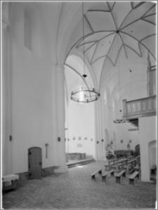 Kołbacz [Kościół Cystersów – wnętrze transeptu]