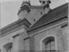 Koźmin [Kościół Pobernardyński pw. św. Stanisława Biskupa Męczennika – gzyms elewacji płd.]