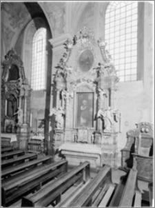 Kalisz. Sanktuarium Serca Jezusa Miłosiernego (kościół oo. Jezuitów). Ołtarz boczny