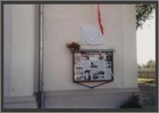 Odsłonięcie tablicy przy kościele św. Katarzyny w Słupi Kapitulnej