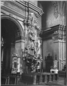 Przemyśl. Kościół św. Teresy (dawny Kościół Karmelitów). Wnętrze-ambona