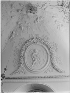 Konice (Czechy, Morawy). Kościół farny, wnętrze kaplicy północnej. Sztukateria autorstwa Baltazara Fontany