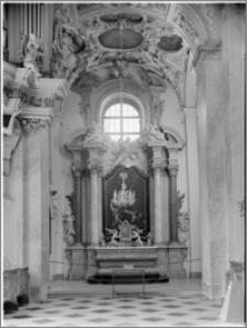 Svatý Kopeček k. Ołomuńca (Morawy, Czechy). Bazylika Mniejsza Nawiedzenia Maryi Panny. Wnętrze-kaplica boczna autorstwa Baltazara Fontany
