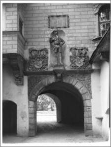 Oleśnica [Zamek, brama]