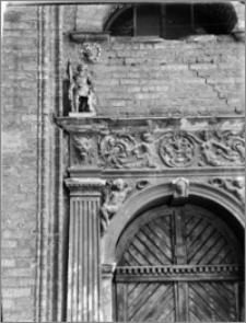 Toruń – Dom Eskenów [portal]